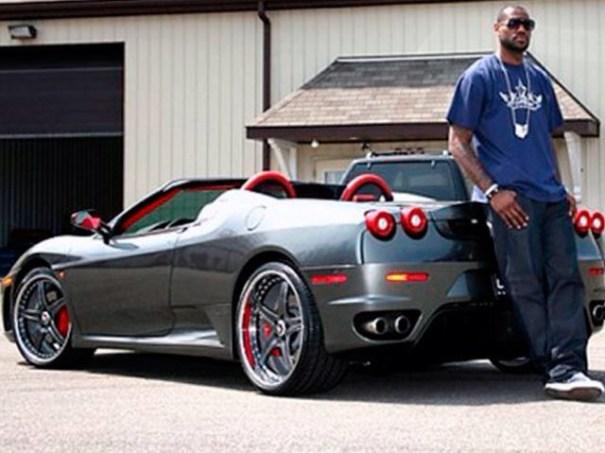 image72 Lebron James ama su colección de carros [fotos]