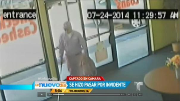 42 Tipo se hizo el ciego para robar una casa de cheques [Video]