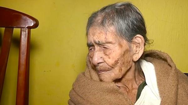 mexicana Doñita de 127 años revela secretos de su longevidad