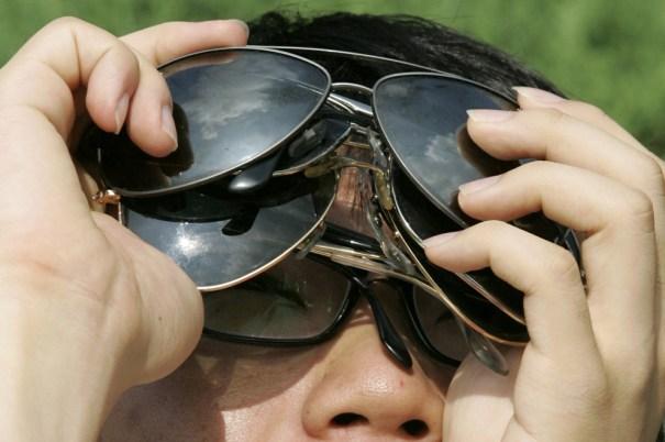 e12 19752813 Hoy es el último eclipse solar parcial del año