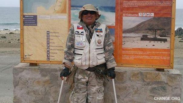 141115002314 camacho 640 Tipo atraviesa el desierto de Atacama en muletas