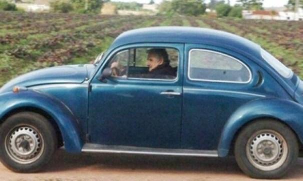 20141106121527_mujica_carro