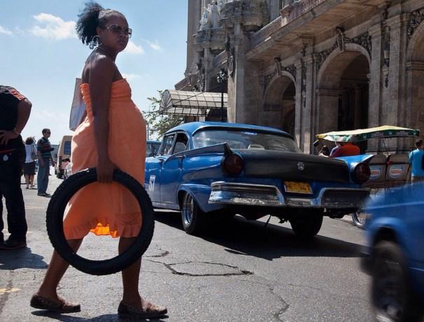 image94 30 Impresionantes fotos de la vida cotidiana en La Habana