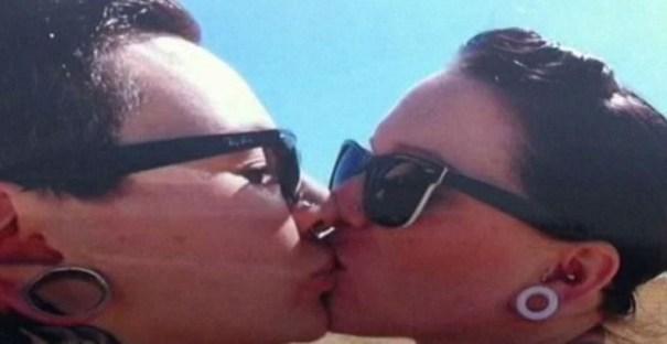 img 4773 Iglesia suspende funeral por beso lésbico