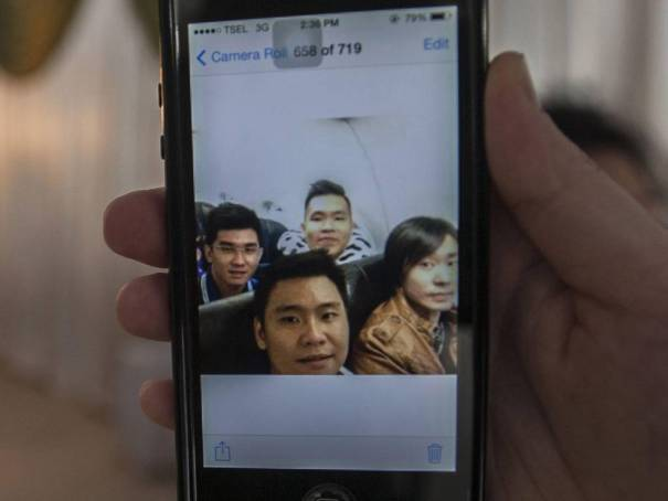 La última selfie- familia revela dramática historia de un pasajero del AirAsia