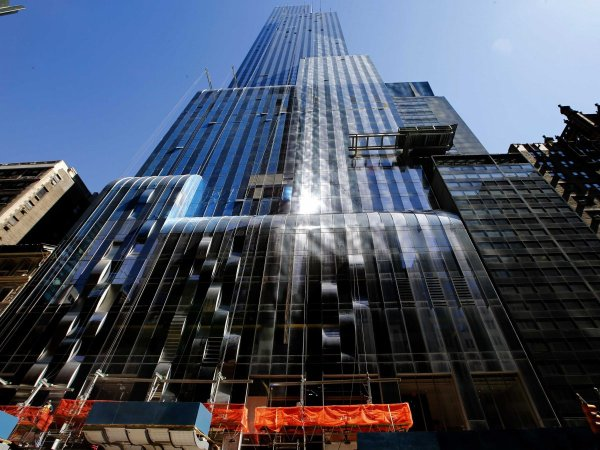 one57 was designed by starchitect christian de portzamparc to look like a cascading waterfall it rises 1004 feet and 90 stories above 57th street Fotos   Dentro del apartamento de US$100 millones en Nueva York