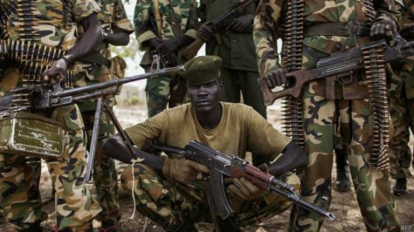 141229175859_yearender_south_sudan_army_624x351_afp