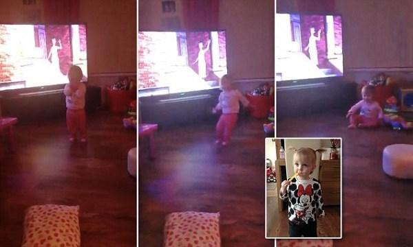 image108 Video   Chamaquita tirada al suelo por un fantasma
