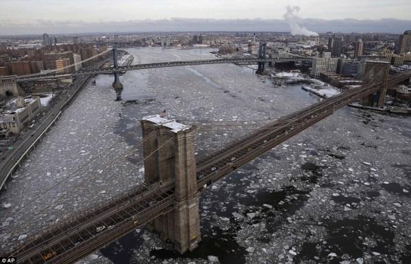 image50 Más imágenes de Río Hudson congelado