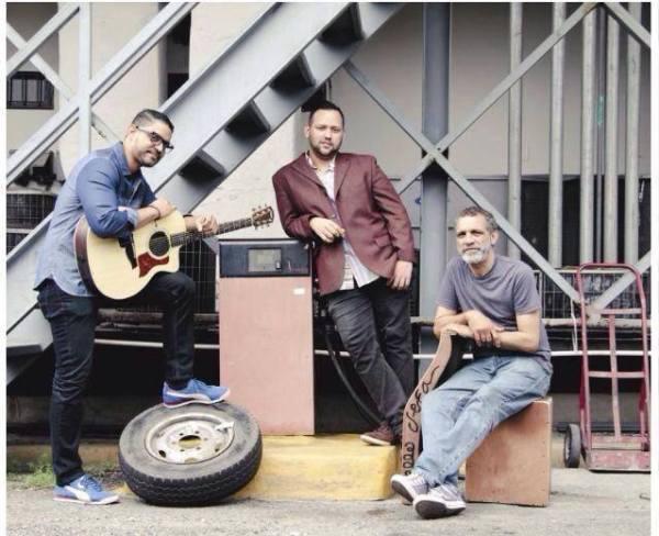 triomiamorch1 Trio Mi Amorch debe ganar en Premios Soberano. Mira por qué...