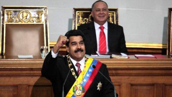 0012317373 Autorizan a Maduro a gobernar por decreto