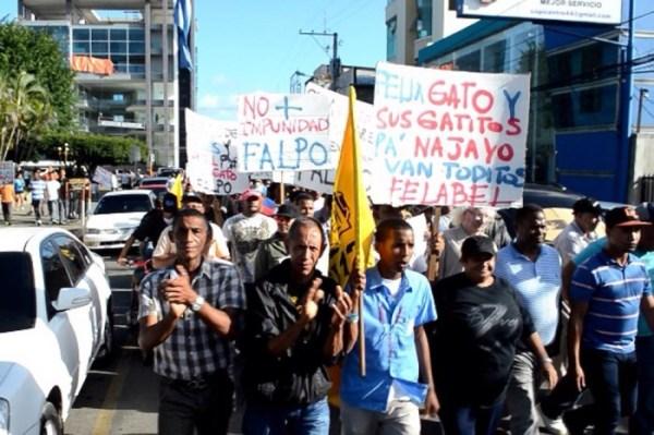 image115 Miles marchan en SFM exigiendo renuncia de fokiuse