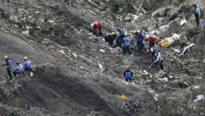 150401111933_germanwings_search_624x351_ap