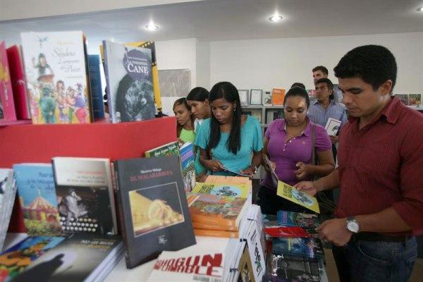 feria Feria del Libro 2015 cuesta RD$7.3 millones cada día