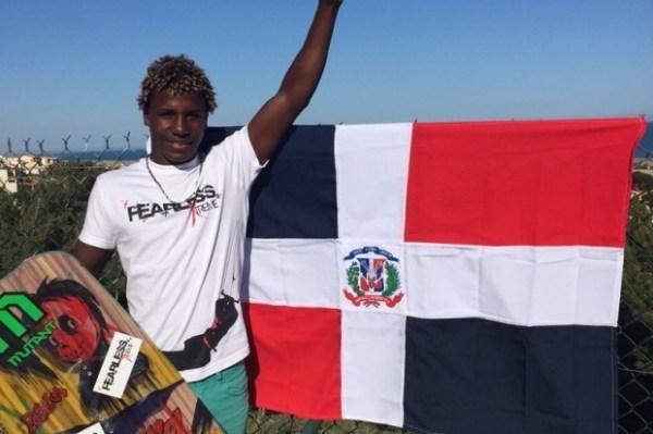 image211 Dominicano gana campeonato de kitesurf en Francia