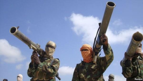 image221 Atacan oficina del gobierno en Somalia, 9 muertos