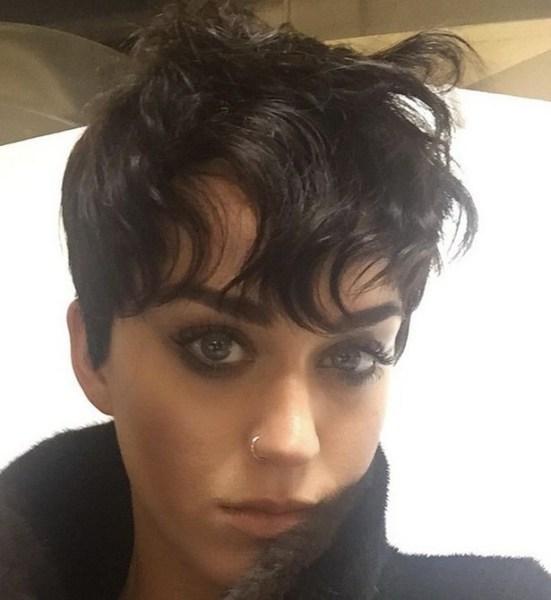 image32 Foto   Nuevo look de Katy Perry