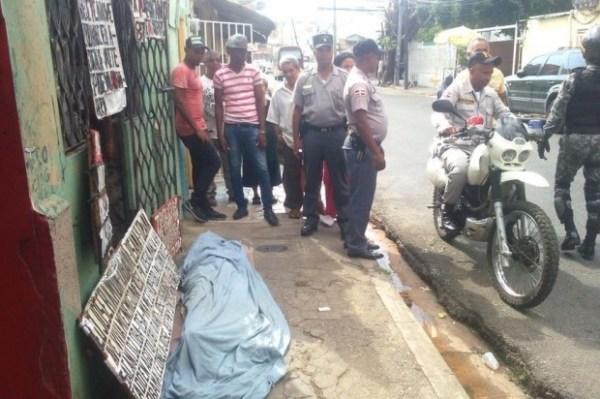 image440 Tipo mata a su madre de 80 años en Villa Consuelo