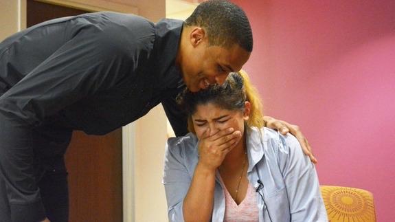image55 El NBA Russel Westbrook regala auto a madre soltera