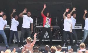 imagen-youtube-michelle-obama-baila-uptown-funk