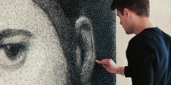 clavo Video   Artista hace extraordinarios retratos con hilos y clavos