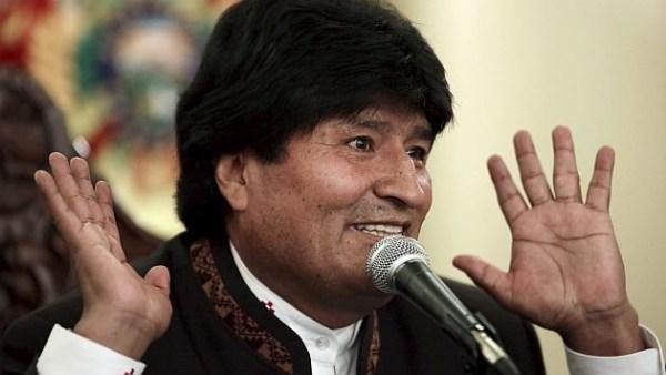 image29 Evo Morales eleva su sueldo y el de todos los trabajadores