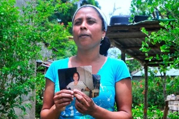 image316 Mujer busca hermana de la que se separó tras feminicidio