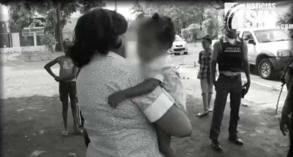 image499 Rescatan niña que madre intentó asfixiar con una sábana