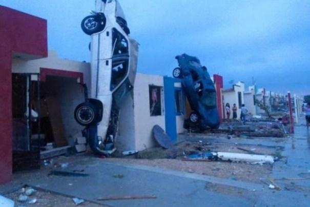 img 8998 Tornado mata a diez personas en México
