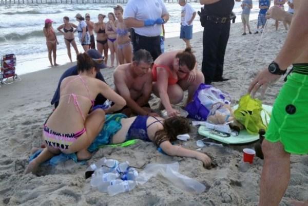 image256 EEUU: Dos adolescentes heridos por ataques de tiburón