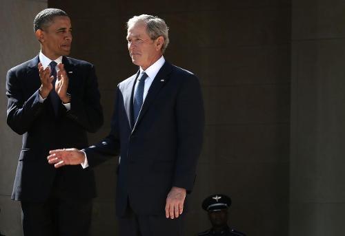 img 9459 Sondeo revela Bushito es más popular que Obama