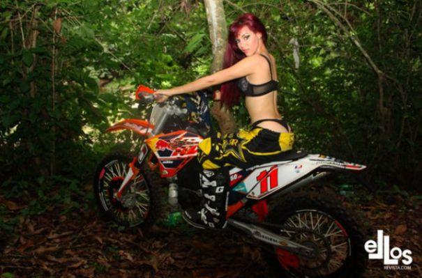 belleza dominicas moto
