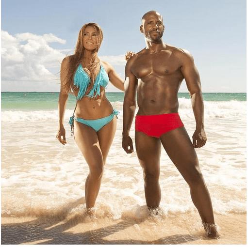 Cuerpos Hot - Caroline Aquino y Enrique Quaily
