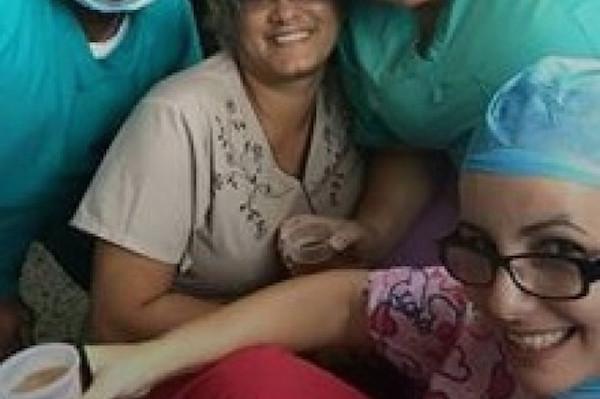 medicos frias FOTOS –Médicos bajando frías en hospital criollo [Queseto!]