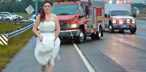 crop paramedic 3 Paramédica se convierte en heroína el día de su boda