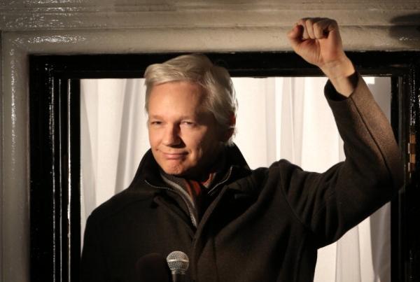 retiran-vigilancia-al-tipo-de-wikileaks