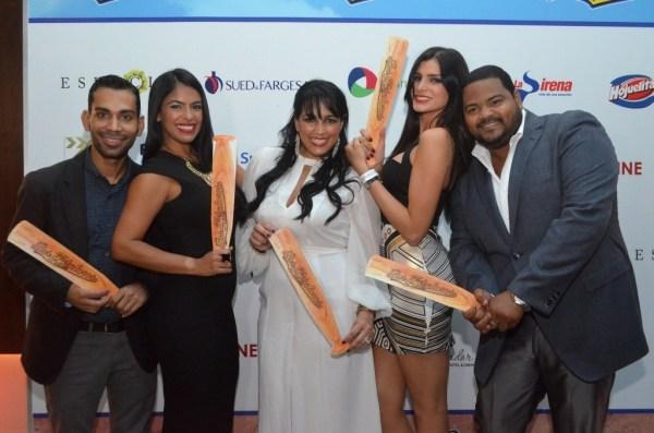 Carlos Pasencia, Lizbeth Santos, Clenies Toribio, Eva Arias y Oscar Carrasquillo