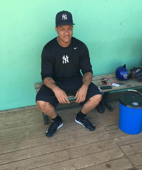 star Foto   El dominicano Starlin Castro con su flow de Yankees