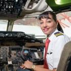 pilota Dominicana que trabaja como piloto comercial