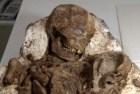 fosil Hallan fósil de madre abrazando a su chichí de 4.800 años (Taiwán)