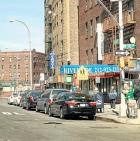 taxi NY  Dominicano saca familia adelante como taxista
