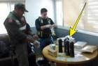 champu policias Pasó 16 días preso, confundieron su champú con cocaína líquida