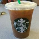 iceco Tipa demanda por 5 millones Starbucks por poner demasiado hielo
