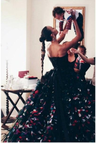 zoe2 Así lució Zoe Zaldaña, la única dominicana en la gala del Met