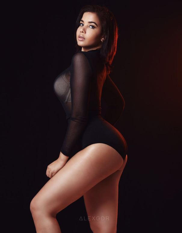 win2 Nuevas fotos fuifuiu de la modelo criolla Winnifer