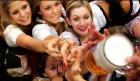 cerveza Para los huesos de la mujer, beber cerveza en vez de leche
