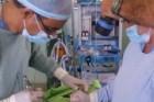 hospital mao Hospital sin luz en Mao realiza cirugía con linternas