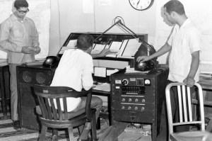 Orlando Martinez en un servicio periodistico en 1970