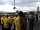 taxistas del aila Taxistas del AILA casi matan conductor de Uber