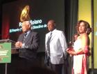 rafael solano Video   Así recibió Rafael Solano su Grammy